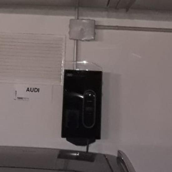Instalación Punto de Recarga Audi en garaje comunitario