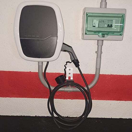 Instalación Punto de Recarga Grupo PSA en garaje comunitario